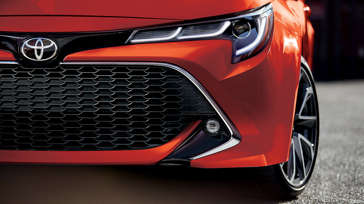 Corolla-Hatchback-Bi-Beam-LED-Headlights